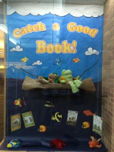 Library display window: Frog & Toad: Catch a Good Book!